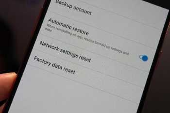 cara factory reset android